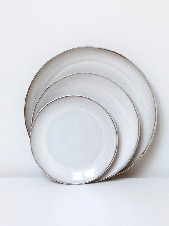 Plates Supper Lunch Breakfast River Atelier Sukha Ceramics Black Clay Product Shot