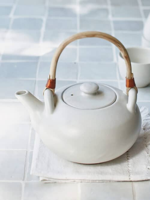 Teapot Pebble Atelier Sukha Ceramics Black Clay Product Shot