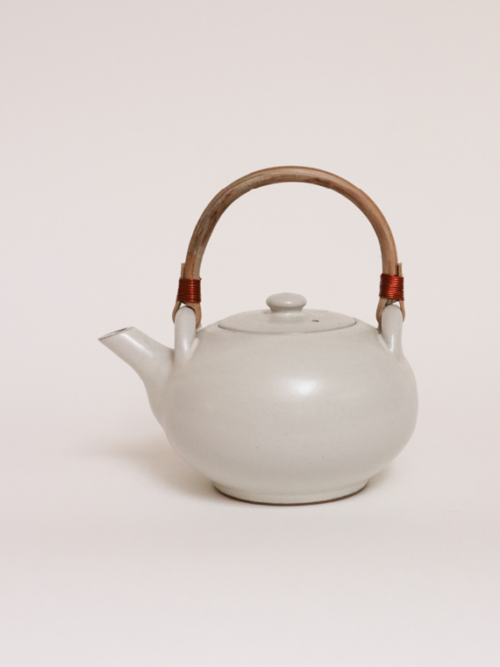 handmade ceramics fairtrade ceramics teapot pebble