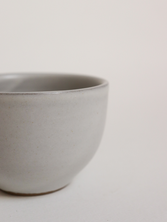 handmade ceramics fairtrade ceramics tea cup pebble detail