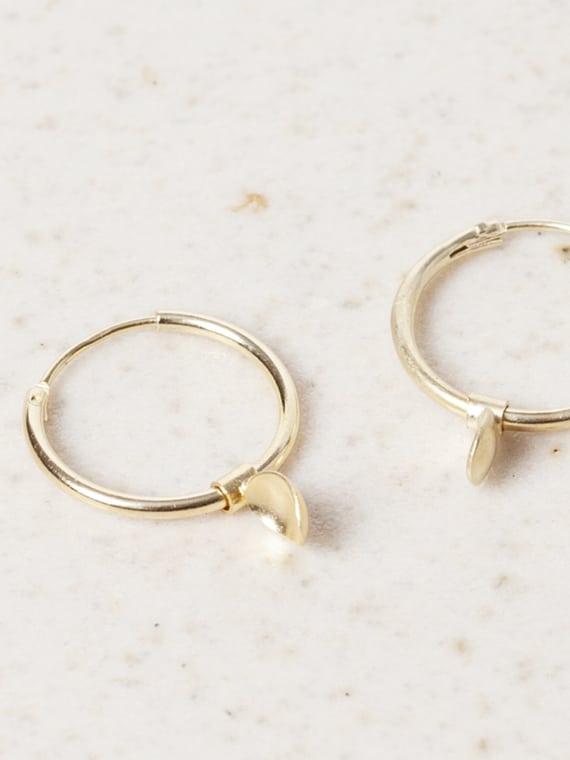 Bouton Earrings Gold Eva Schreuder Handmade Jewellery Detail