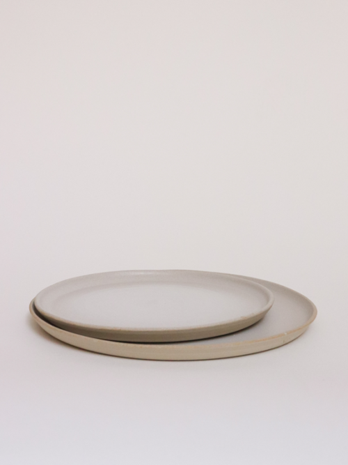 handmade ceramics plates keramiek kantoor milk mat