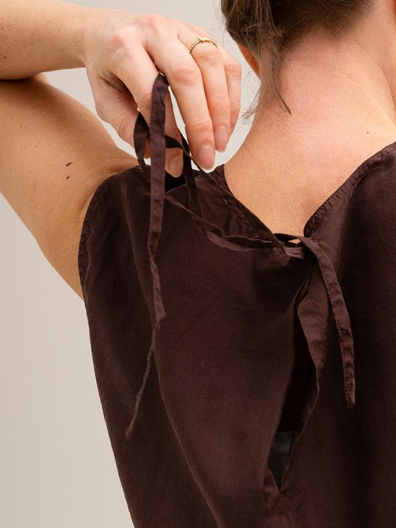 Pomandere shop online silk shirt blouse close up