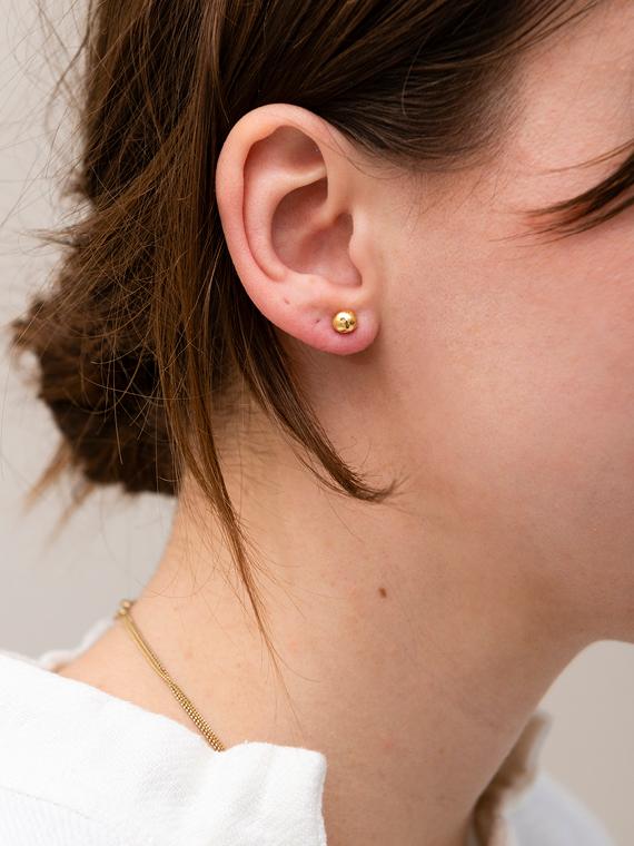 earpin gold Martine Viergever shop online