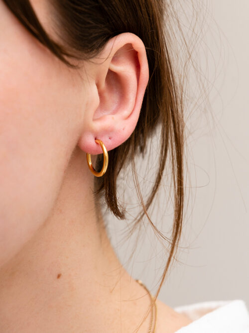 Handmade golden hoops Martine Viergever shop online