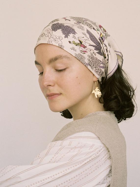 handmade earrings jinete b après ski Porte dorée – À cheval side