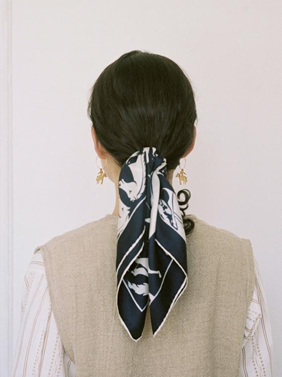 handmade earrings jinete b après ski Porte dorée – À cheval back