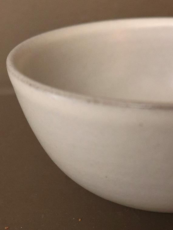 handmade breakfast bowl pebble detail