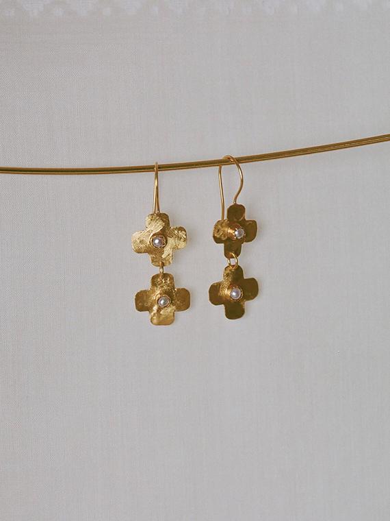 jour après ski shop online golden handmade earrings
