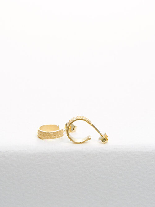 handmade earrings Nolda Vrielink amsterdam jewellery golden earrings mini hoops