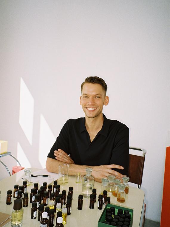 Pigmentarium perfumes Czech Republic Tomas Jakub Atelier Making Of